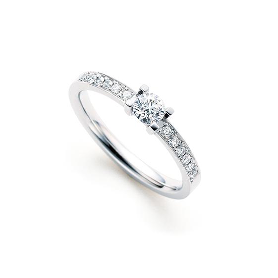 婚約指輪 八千代